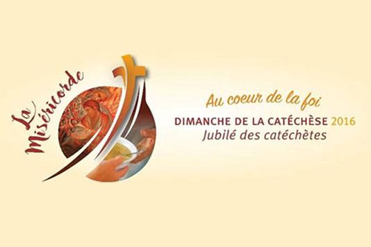 vitrine_dimanchecatechese2016